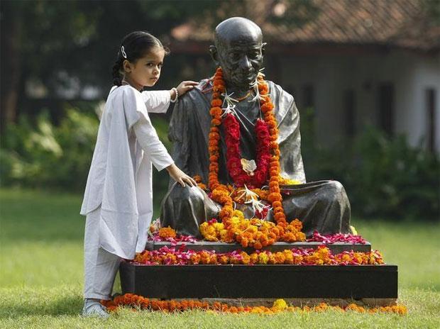 Religiusitas dan Politik Kemanusiaan Gandhi