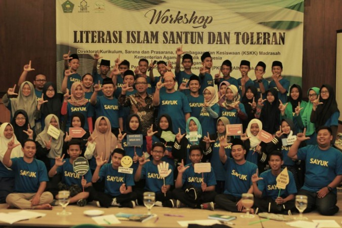 Belajar Islam Santun dan Toleran