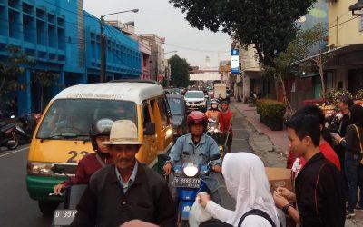 Sahate Urang Bandung di Berbagi Takjil 2019