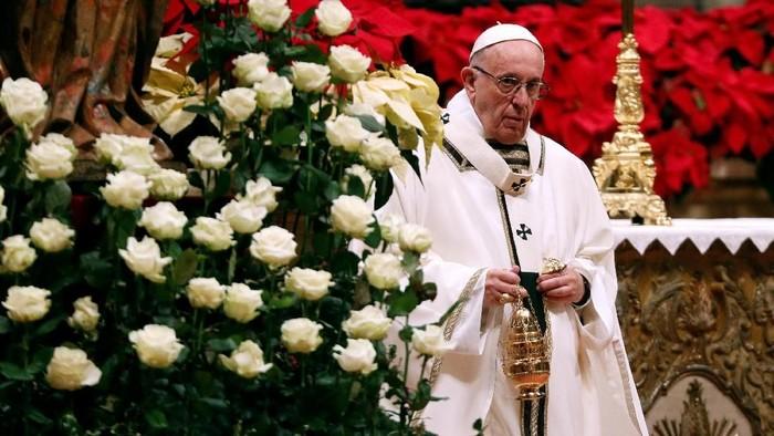 Paus Fransiskus Ajak Umat Kristen Panjatkan Doa Bapa Kami untuk Hadapi Corona