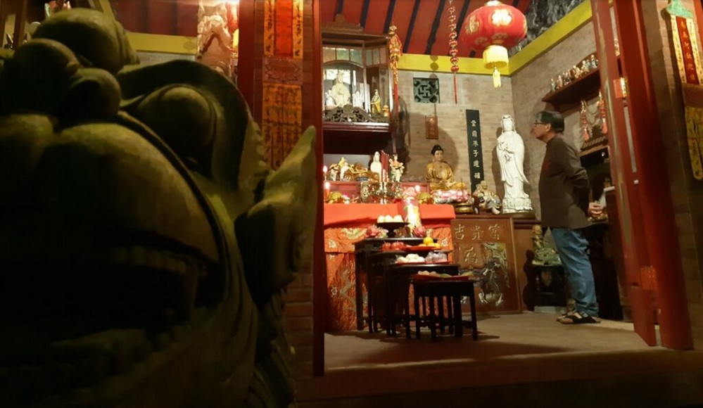 Dewi Kwan Im Putih di Lereng Merapi